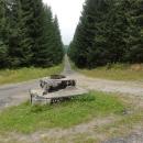 Kabelová šachta kdesi na trase z Panského pole, doufám, že se Pavel Vašata ozve a sdělí nám podrobnosti.