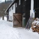 Běžky máme letos před stodolou stále v pohotovosti.