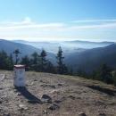 Pohled do údolí Moravy (ty kopečky napravo na obzoru jsou Buková hora a Suchý vrch)