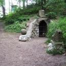 Jeskyňka v letohradském zámeckém parku