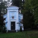 Kaple Panny Marie, postavená v roce 1889, je dominantou poutního místa. Je tu studánka s léčivou vodou.