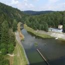 Z přehrady vytéká jen malý proud Moravice