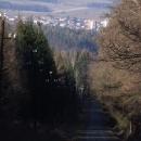 Výhledy z výšlapu k Valdeku, překvapivě se jde po silnici