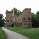 A přijíždíme k Janovu hradu, romantické zřícenině