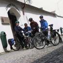 Cyklisti po obědě :-)