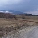 Luďkovy Heroltice (v pozadí Buková Hora)