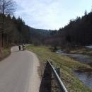 Podél potoka krásným údolím do Orliček