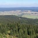 Výhled z posedu do údolí Orlice a Polska je dopřán ale pouze Luďkovi