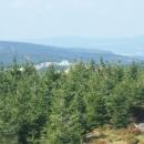 Výhled z posedo-rozhledny směrem k Masarykově chatě na Šerlichu