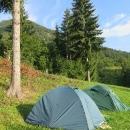 A ráno zjišťujeme, jak krásné místo jsme si vybrali. Nad námi hora Sidorovo.