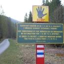 A pozor, tady končíme. Máme echo, že ochranáři jsou kolem Oravice obzvláště zarputilí v pokutování turistů.