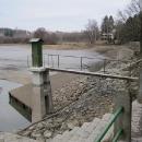 Na hrázi Vyžlovského rybníka