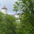 Hrad Rychmburk ukrytý v lesích