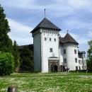 Brána do zámku ve Velkém Meziříčí