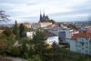 Výhled na katedrálu sv. Petra a Pavla ze stoupání na hrad Špilberk