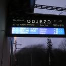 Paradox Českých drah, do sousední země (město vzdálené 150 km) jezdí denně přímé vlaky, ale do sousedního kraje (Hanušovice vzdálené 35 km) se dostaneme s bídou jen o víkendech :-(
