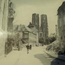A už přicházíme katedrální ulicí ke Katedrále svatého Jana Křtitele - foto po válce