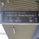 """Díky šílené bouřce se poškodilo zabezpečovací zařízení na trati a vlak měl """"trochu"""" zpoždění. Dokonce se o tom psalo i na internetu."""