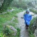 Chodníčky se změnily v potoky, nějaký goratex v botách nám byl na dvě věci, když tam voda natekla shora :-)