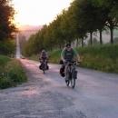Cestou do Žďárských vrchů zdoláváme nejeden dokopec.