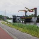 Když bude potřeba, ta obří ramena zvednou mostek a loď projede